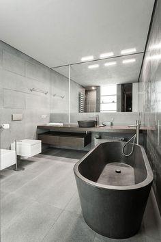 Executive bathroom 2